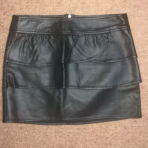 {Gianni Bini} faux leather fitted mini skirt 5
